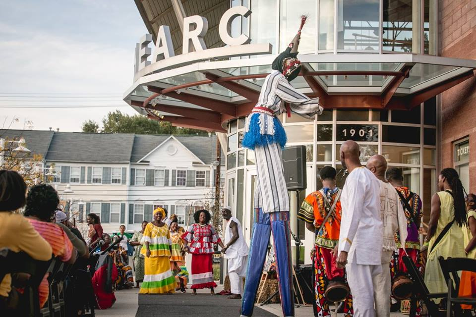 event entertainment stilt walker